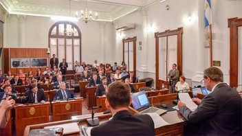 El Senado entrerriano designó autoridades para el nuevo período legislativo