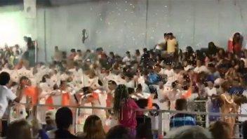 Se desplomó una tribuna en los carnavales de Córdoba y hay más de 34 heridos