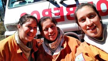 La primera dotación de bomberos totalmente conformada por mujeres