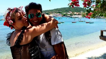 Las románticas vacaciones de Leticia Brédice y su novio en Buzios