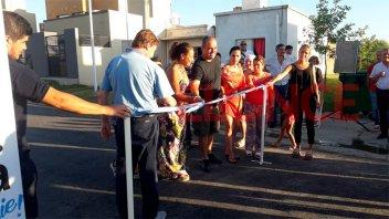 Varisco inauguró más de 300 metros de asfaltado en vecinal Loretto