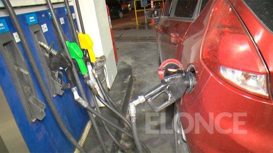 Precios de naftas seguirán congelados hasta noviembre: Luego habría fuerte suba