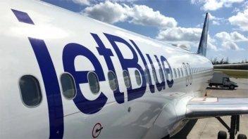 Aerolínea ofrece vuelos gratis a quienes borren sus fotos de Instagram