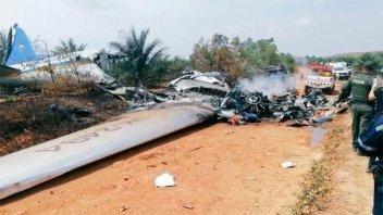 Cayó un avión en Colombia y se reportaron 14 muertos