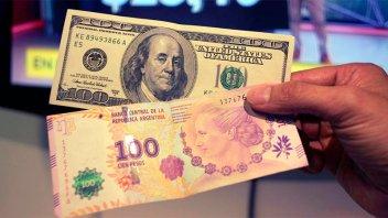 En el inicio de la semana, el dólar bajó 11 centavos
