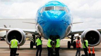 Aerolíneas Argentinas deja de volar con el Boeing que se estrelló en Etiopía