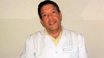 Falleció reconocido médico tras descompensarse cuando jugaba al tenis
