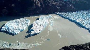 Dos rupturas de un glaciar generan alarma en el sur del continente
