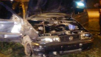 Un auto volcó en el rulo del Túnel Subfluvial