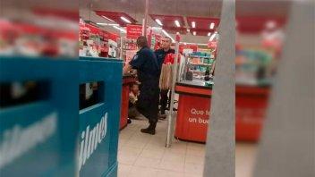 Violento intento de asalto a sucursal de reconocida cadena de supermercados