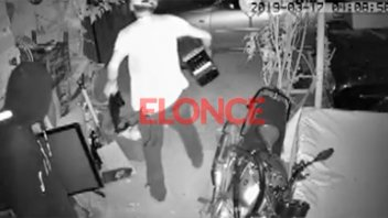 Video: Robaron en su casa y ofrece