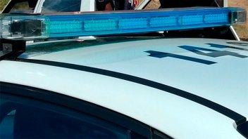 Quiso robar en un auto pero era de un policía y quedó detenido
