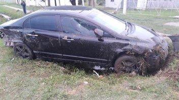 Fuerte colisión entre dos autos: un joven fue hospitalizado