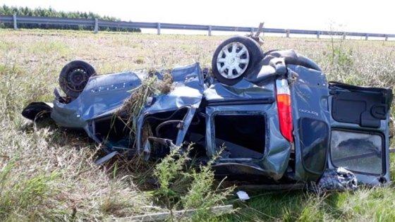 Dos personas murieron tras un despiste y vuelco ocurrido en la Ruta 14