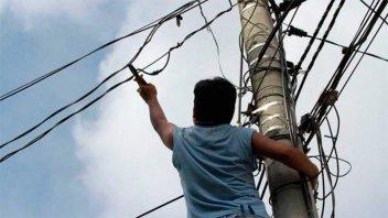 Detectan por mes 200 conexiones clandestinas de electricidad en Gualeguaychú