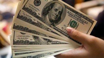 Los préstamos en dólares sufrieron caída récord en septiembre