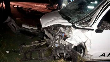 Una mujer falleció tras choque frontal entre dos vehículos en ruta 26