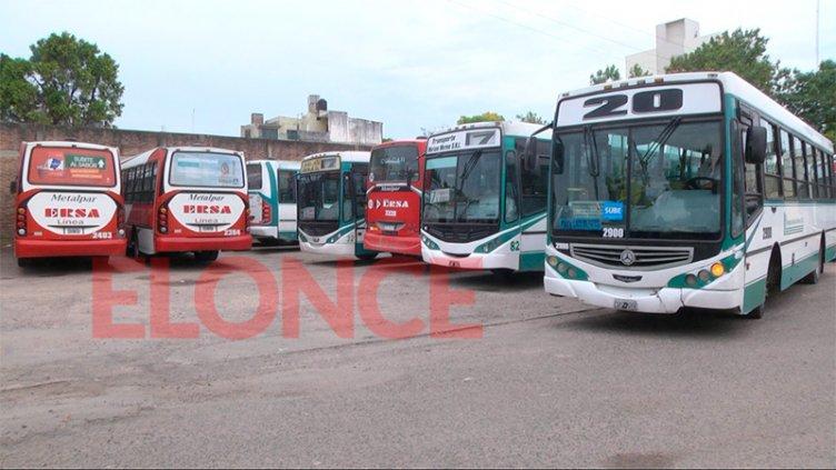 Gremios del transporte se reúnen en Trabajo: Podrían levantar el paro del 25