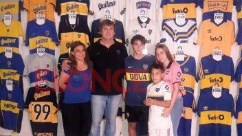 Reliquias, históricas e inéditas: Fanático de Boca colecciona 114 camisetas