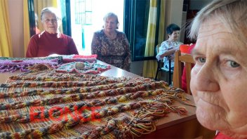 Abuelas del Hogar San Vicente de Paul, protagonistas de noble tarea solidaria