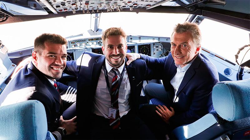 JetSmart inició hoy sus operaciones con un vuelo a Mendoza