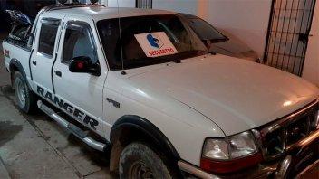Incautaron vehículos, dinero y drogas en allanamiento por narcomenudeo en Paraná