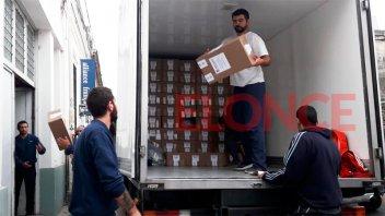 Logística para las PASO: Trasladan las urnas hacia cada localidad