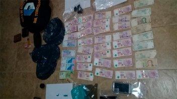 Detuvieron a tres sujetos en allanamientos por narcomenudeo