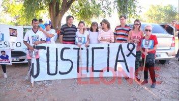 Caminaron en reclamo de Justicia por jóvenes muertos en accidentes de tránsito