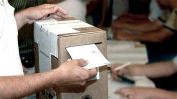 En Córdoba votan para renovar autoridades en municipios y comunas