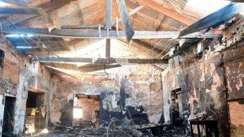Concepción del Uruguay: Tras voraz incendio, reconstruirán la Casa de la Cultura