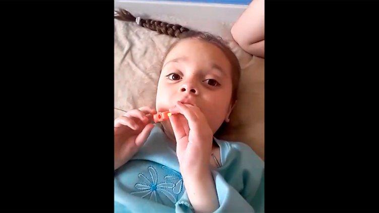 El tierno video de Guillermina después del primer implante de células madre