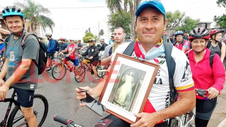 Siete Iglesias: Fieles peregrinan en Paraná y zona durante el Viernes Santo