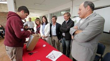 Se conocieron las ofertas para ampliación de la escuela técnica de Urdinarrain