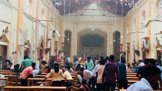 Video: El momento exacto de la explosión en una iglesia de Sri Lanka
