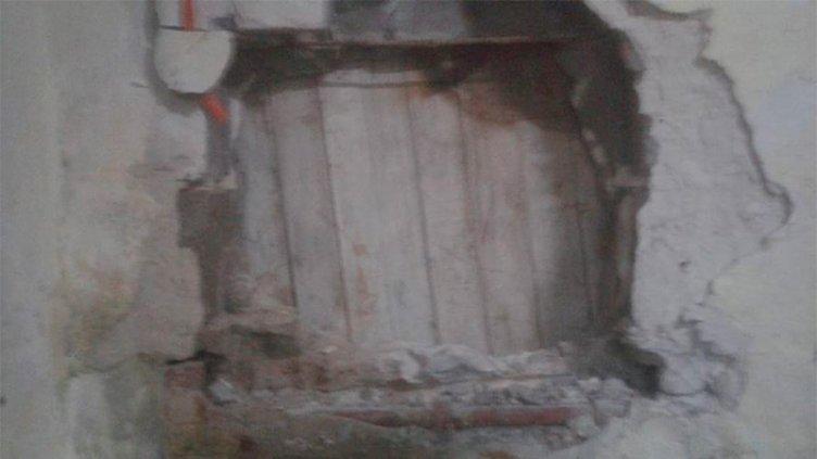 Llamativo hecho en la cárcel: Presos hicieron un boquete para vengar un robo