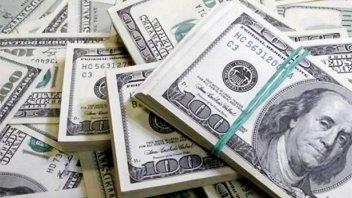 El gobierno colocó nueva deuda por 1.202,3 millones de dólares