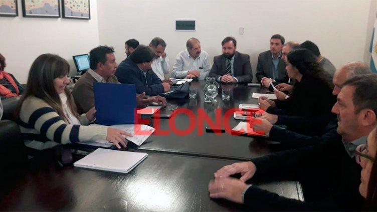 Sin acuerdo en la paritaria con estatales: ATE y UPCN rechazaron la propuesta