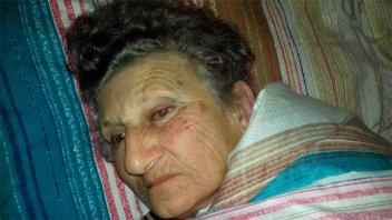 Golpearon y asaltaron a comerciante de 79 años: