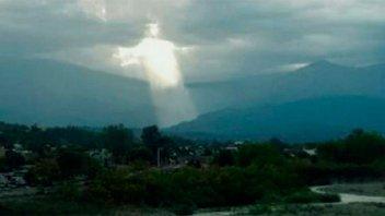 Una figura de Jesús en el cielo conmovió a todos en Jujuy