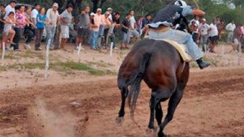 Caballo se quebró dos patas en una carrera cuadrera y luego fue sacrificado
