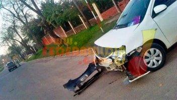 Fuerte choque dejó como saldo importantes daños en uno de los vehículos