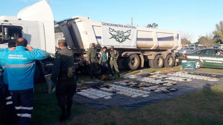 Detienen a camionero entrerriano con 272 kilos de cocaína por u$s 2 millones