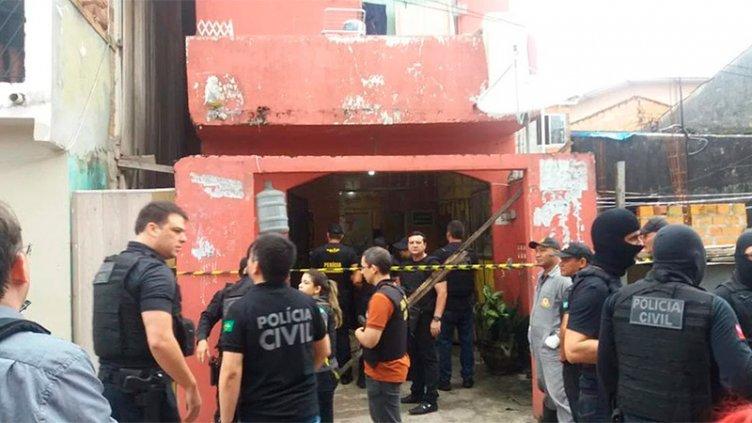 Masacre en bar de Brasil: Encapuchados dispararon y mataron a 11 personas