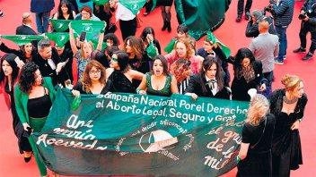 Festival de Cannes: Argentinas y francesas por los derechos de las mujeres