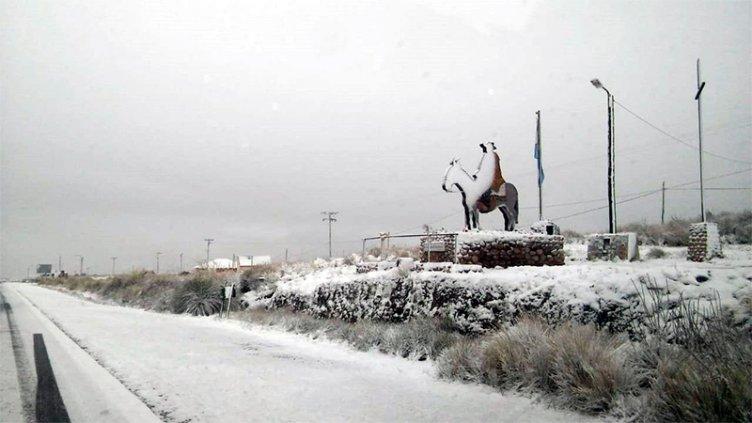 Las Altas Cumbres de Córdoba se cubrieron de nieve