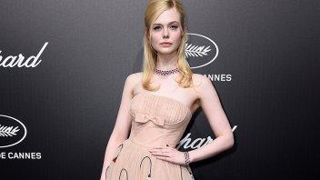 Actriz se desmayó en Cannes por usar un