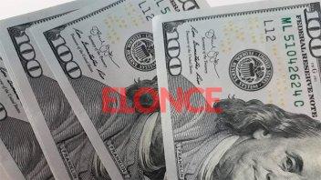 El dólar registró la primera baja: cayó 13 centavos a $60,09