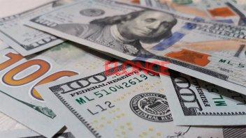 El dólar vuelve a subir y ya está cerca de 46 pesos