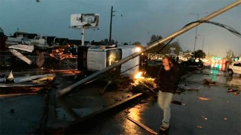 Tornado causó graves daños y dejó más de 10 heridos en Chile